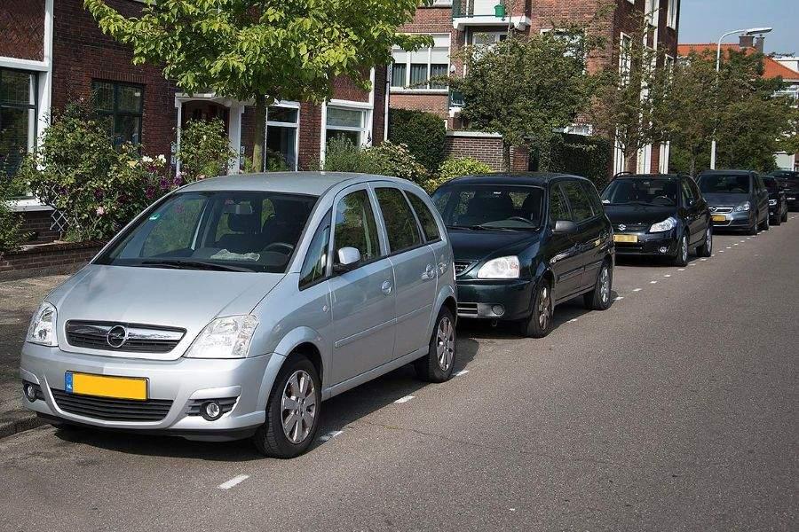 verzekeren van tweede auto